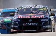 Tyrepower Tasmania Super Sprint dag 1: Lowndes op weg naar de 100