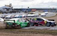 Tyrepower Tasmania Super Sprint dag 2: Lowndes te gretig in bocht 1