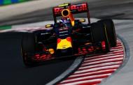 """Max vijfde in Grand Prix van Hongarije: """"Saaie wedstrijd"""""""