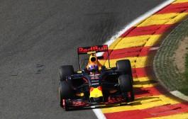 Max eindigt buiten de punten in Spa: