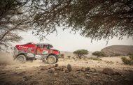 Martin van den Brink boekt tweede dagzege in Morocco Desert Challenge