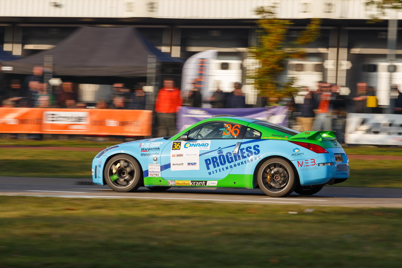 Roel van der Zanden pakt titel in Nissan 350Z challenge
