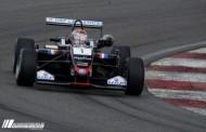 Max Verstappen tweede na bloedstollend gevecht met Ocon in Moskou