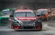 Clipsal 500 2016 dag 2: Nissan de lachende derde na een chaotische 250km race