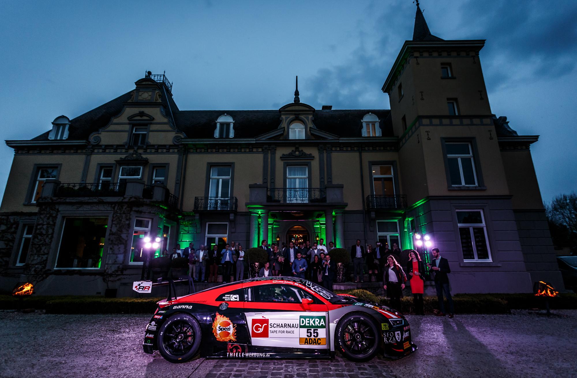 Veelbelovende start in ADAC GT Masters