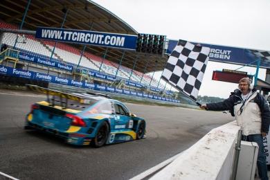 Zumbrink sluit seizoen af met overwinning en pakt 3e plaats kampioenschap!