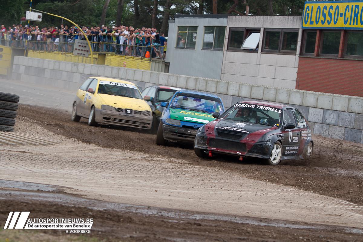 1e race op het Glosso circuit voor het Regionaal/VAS kampioenschap