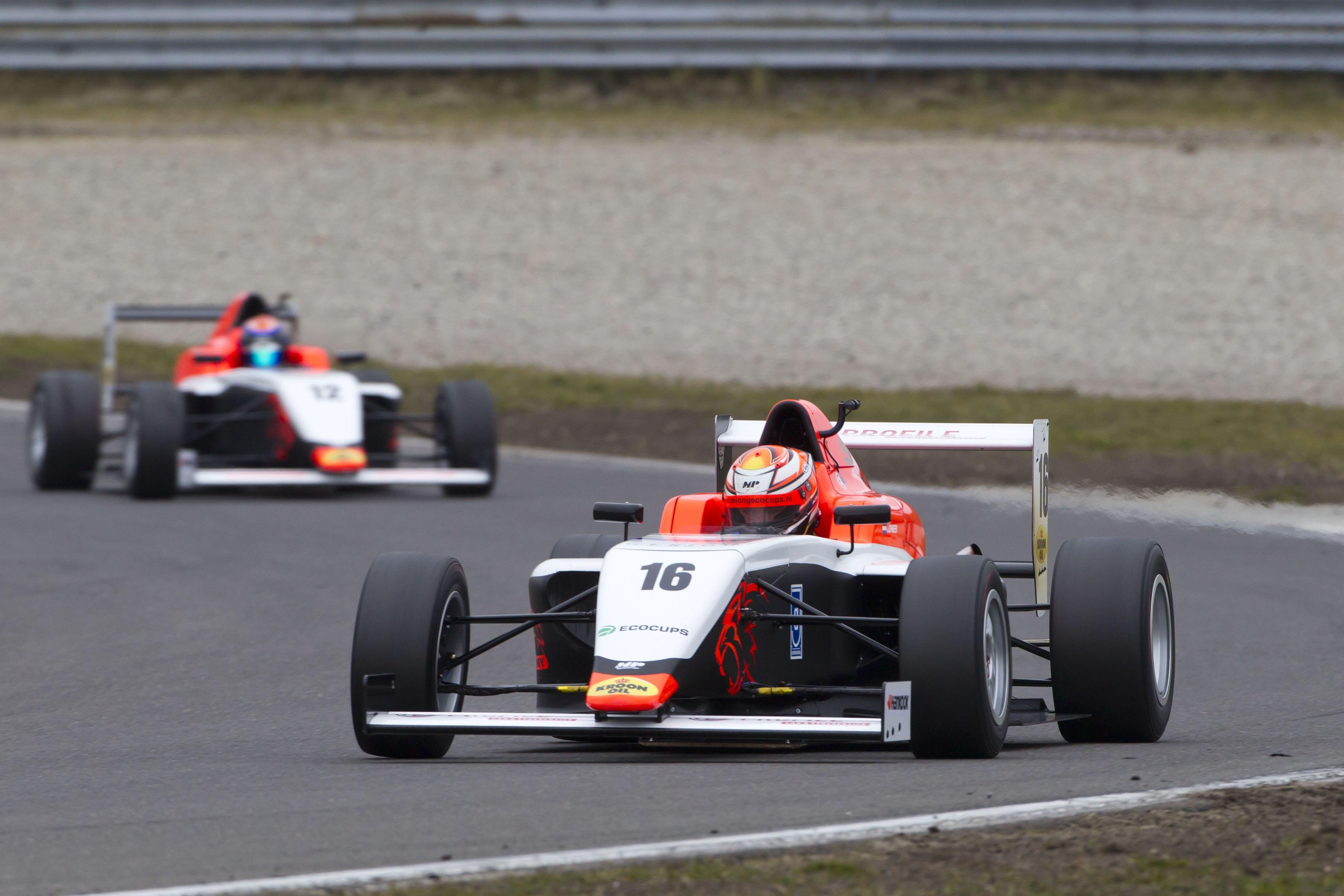 Zeventien wedstrijden bij Pinksterraces op Circuit Park Zandvoort