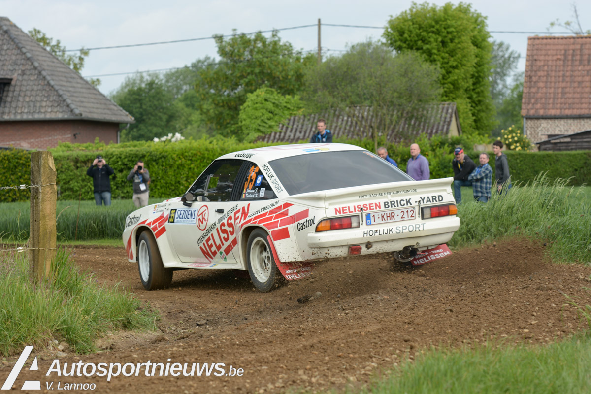 "Robert Droogmans en Johnny Vangrieken met de Manta 400 in ""Rallye de Wallonie""……"