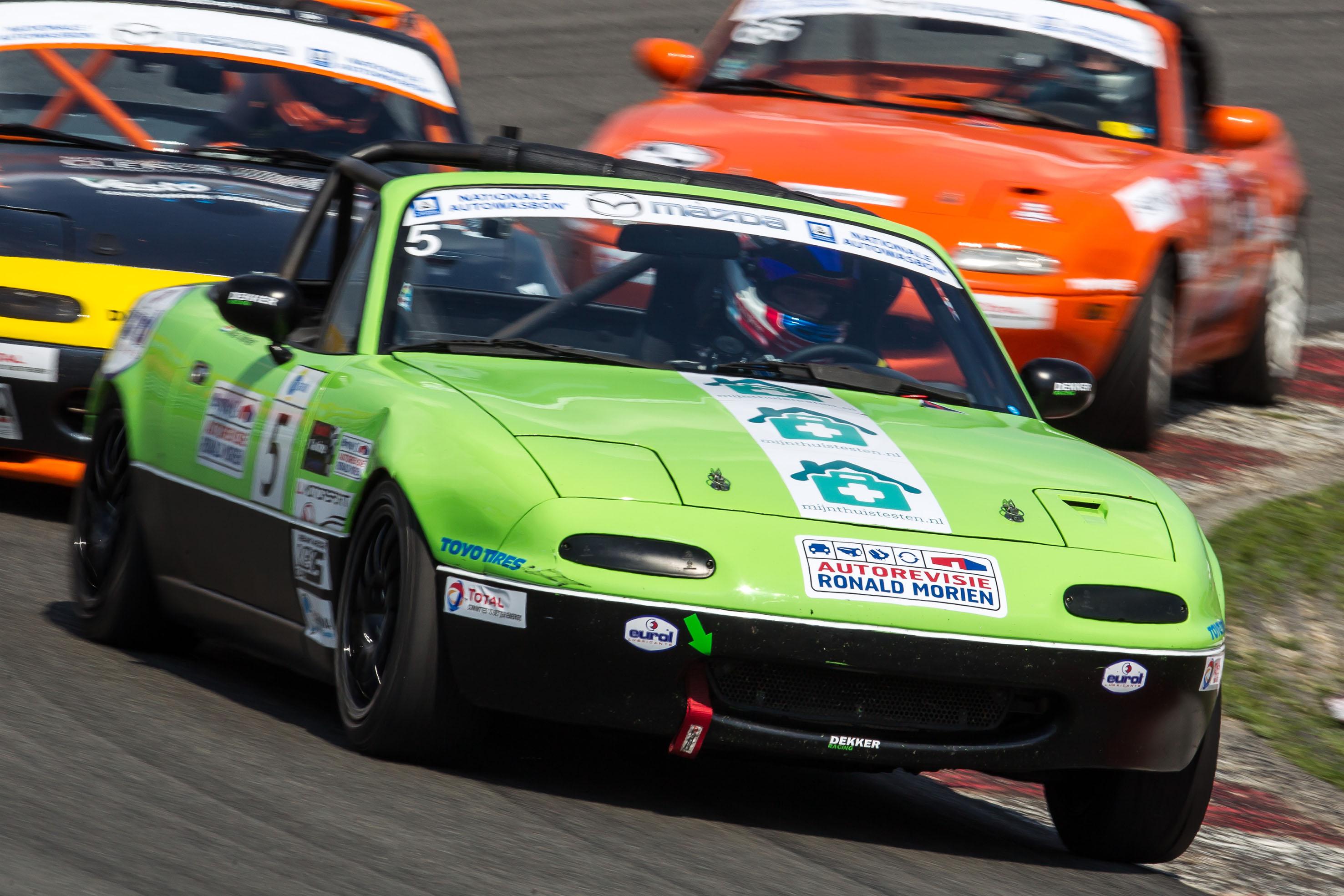 Mooie stijgende lijn voor Mika Morien tijdens DNRT-races op Circuit Park Zandvoort