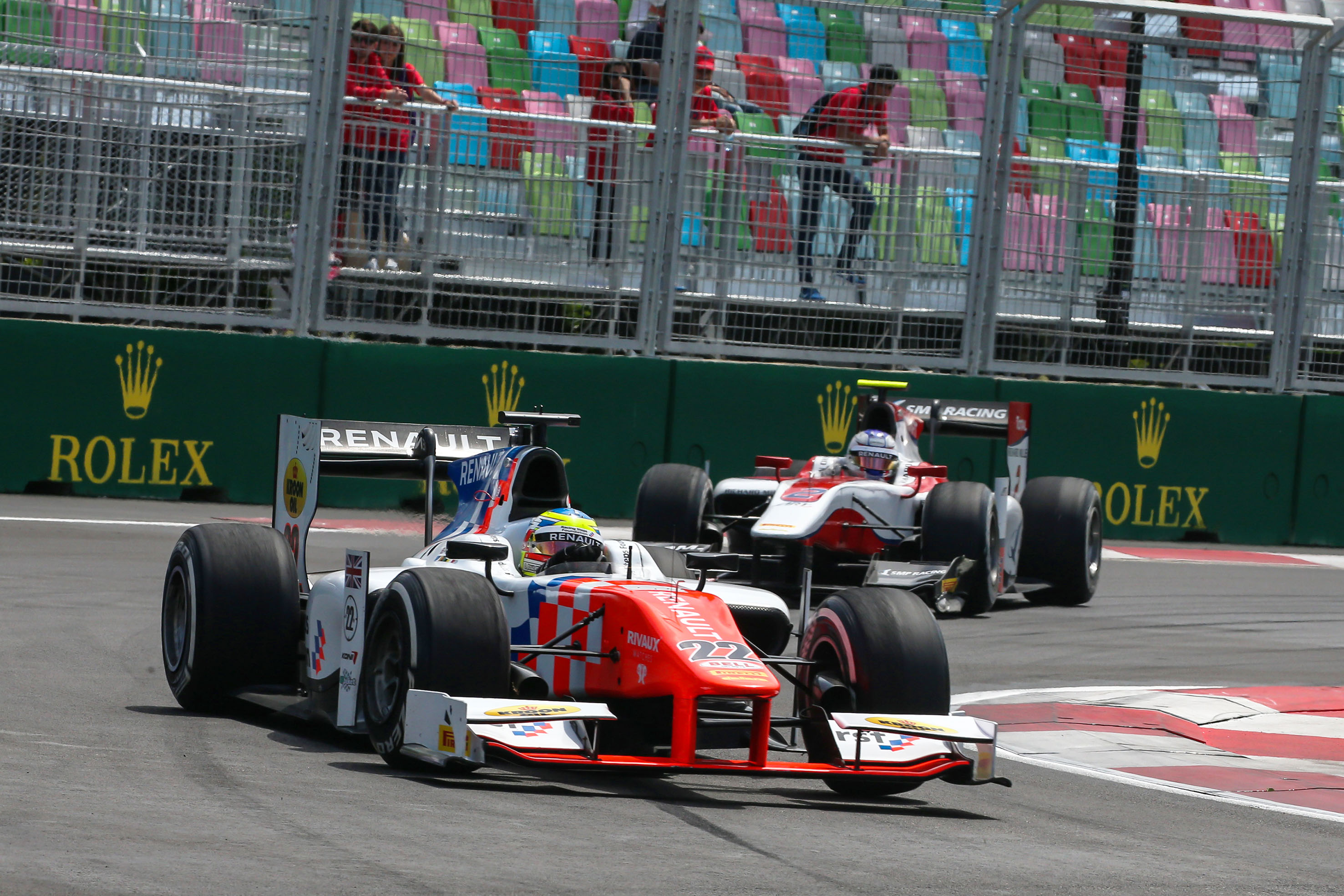 Controversiële safetycarperiodes kosten mp motorsport dubbel GP2-podium in baku