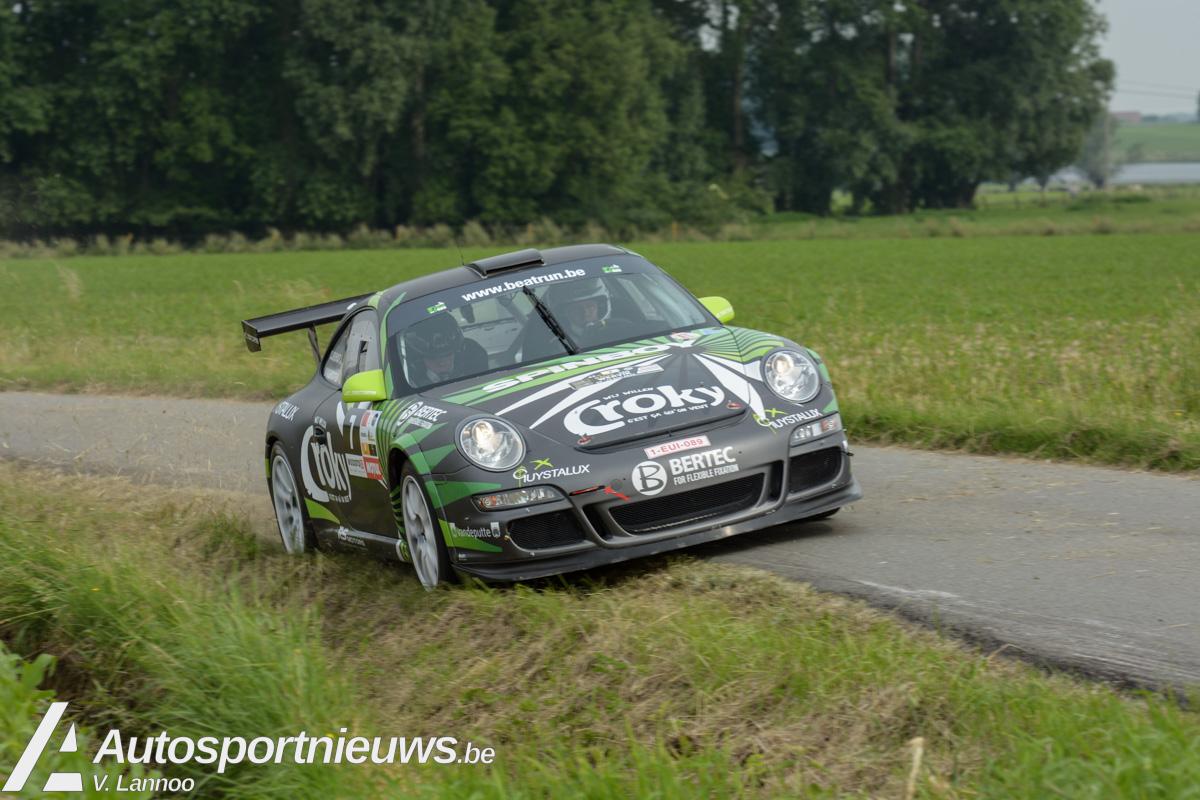 Porsches en BMW's zorgen voor variatie