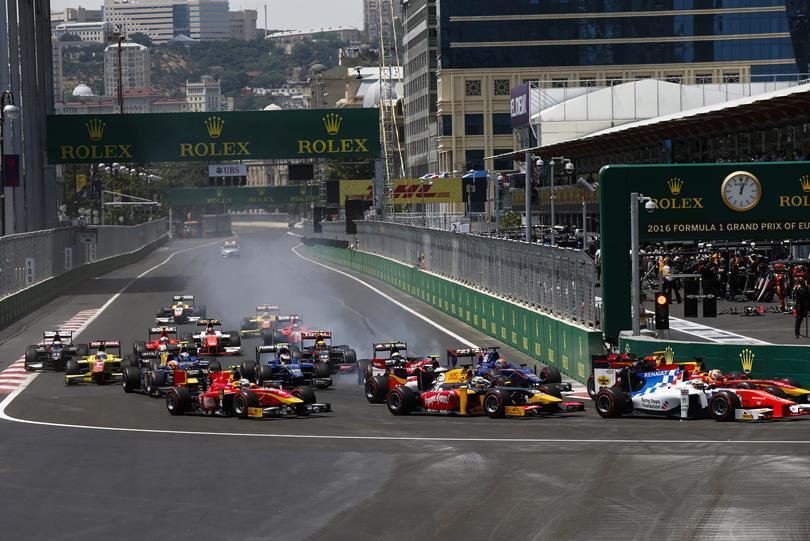 GP2 Baku: Giovinazzi scoort eerste overwinning in gekke main race