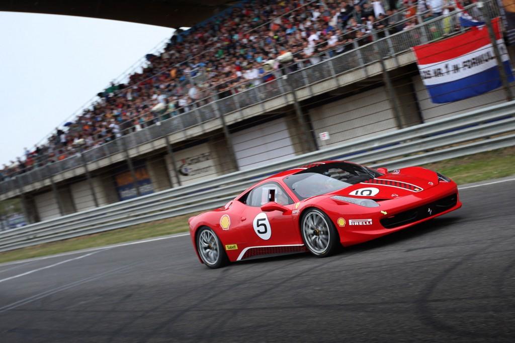 Italia a Zandvoort en Ferrari Club Nederland verwachten 150 Ferrari's