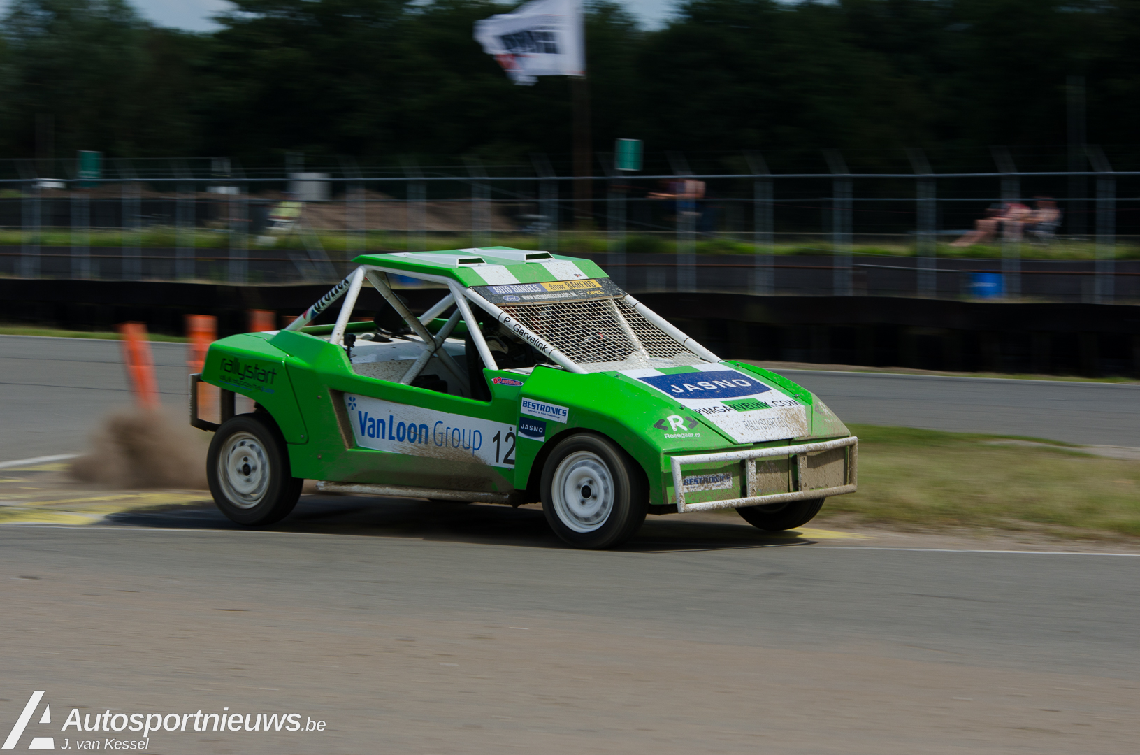 Pim Garvelink met Crosskart tijdens Rallycross Challenge Europe