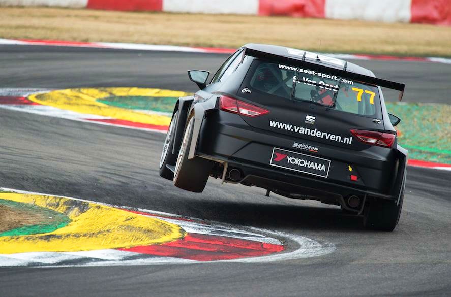 Zesde plaats Stan van Oord bij debuut in SEAT Leon Eurocup maakt grote indruk