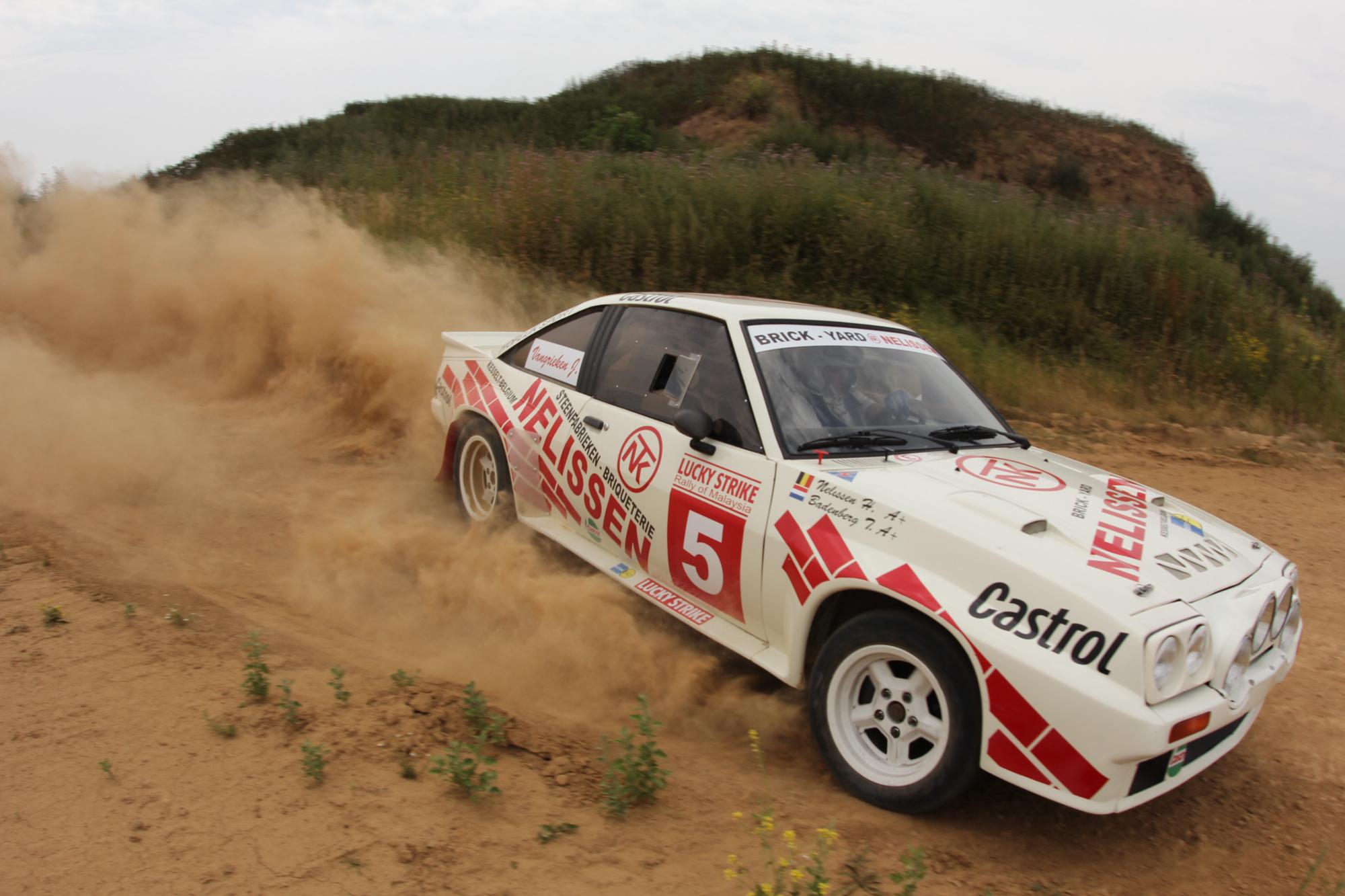 Robert Droogmans met Nelissen Historic Rally-Team in East Belgian Rally.