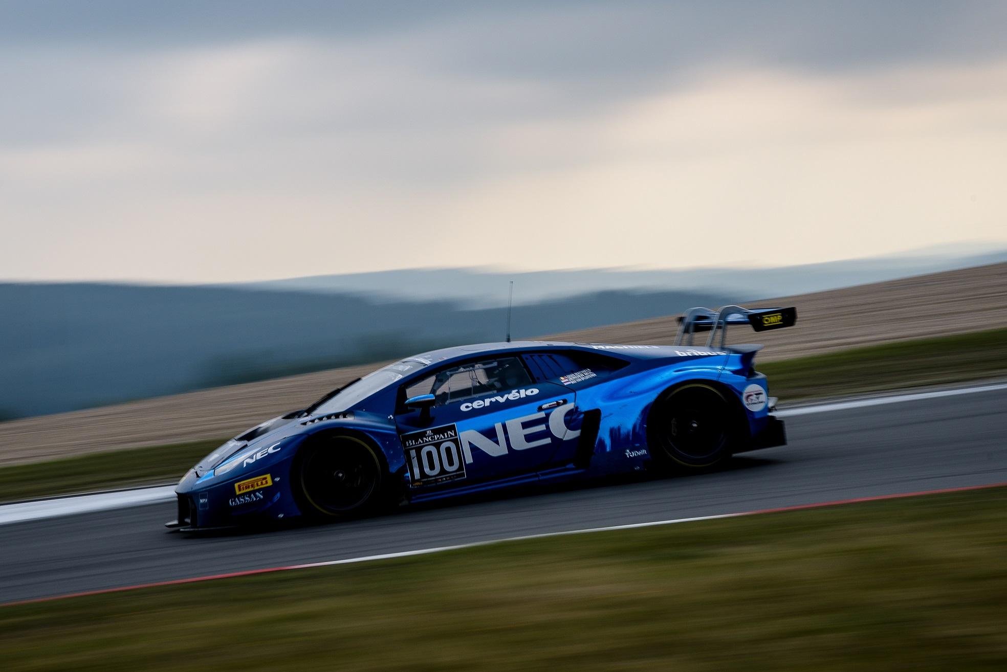 Nürburgring brengt geen geluk voor NEC-Lamborghini team