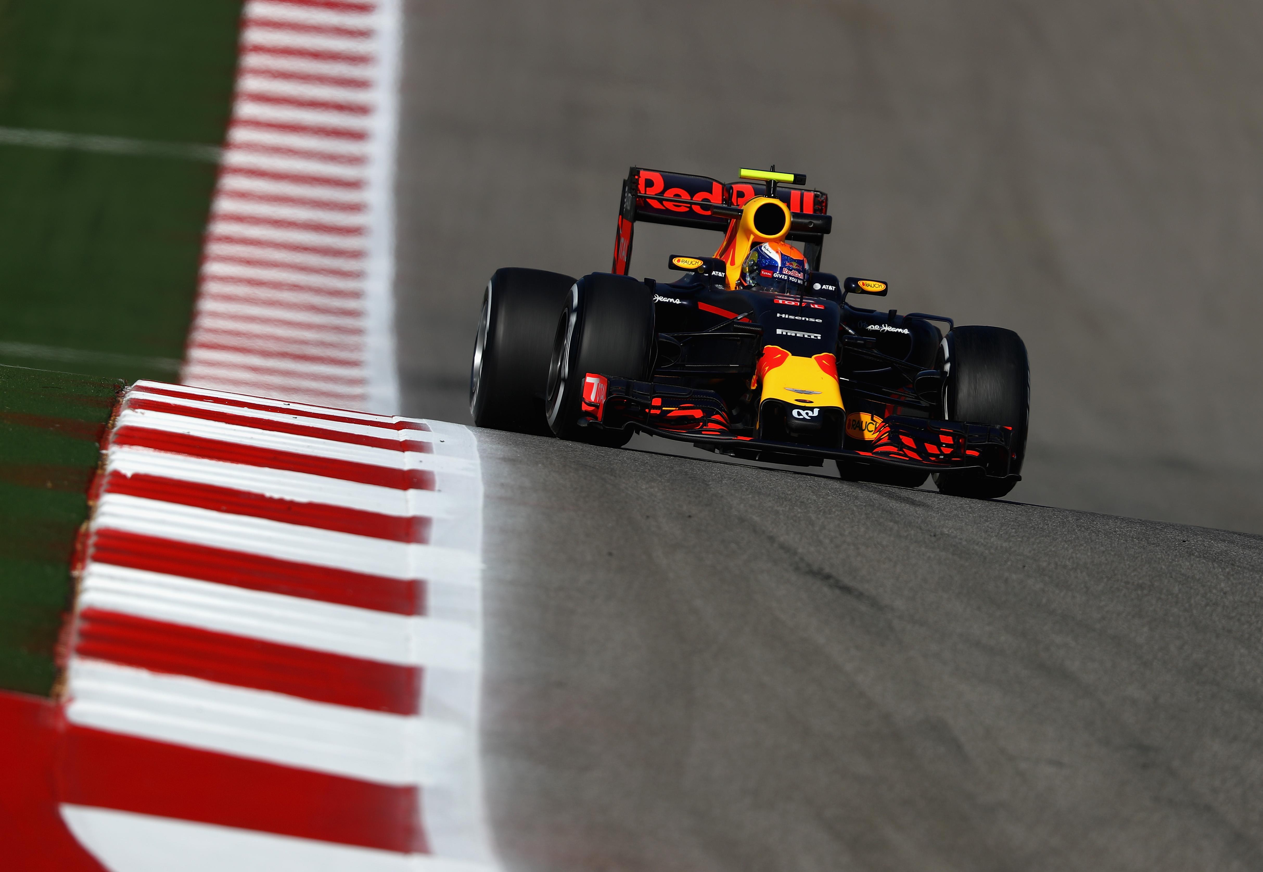 Verstappen valt uit in Austin met technische problemen:
