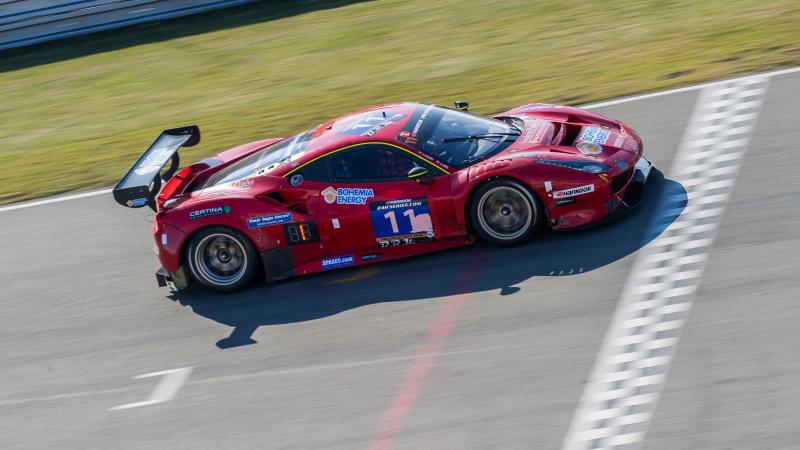 Scuderia Praha Ferrari domineert Hankook 24H EPILOG BRNO
