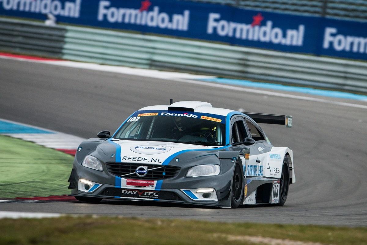 Zumbrink sluit seizoen goed af met tweede plaats bij Supercar Challenge