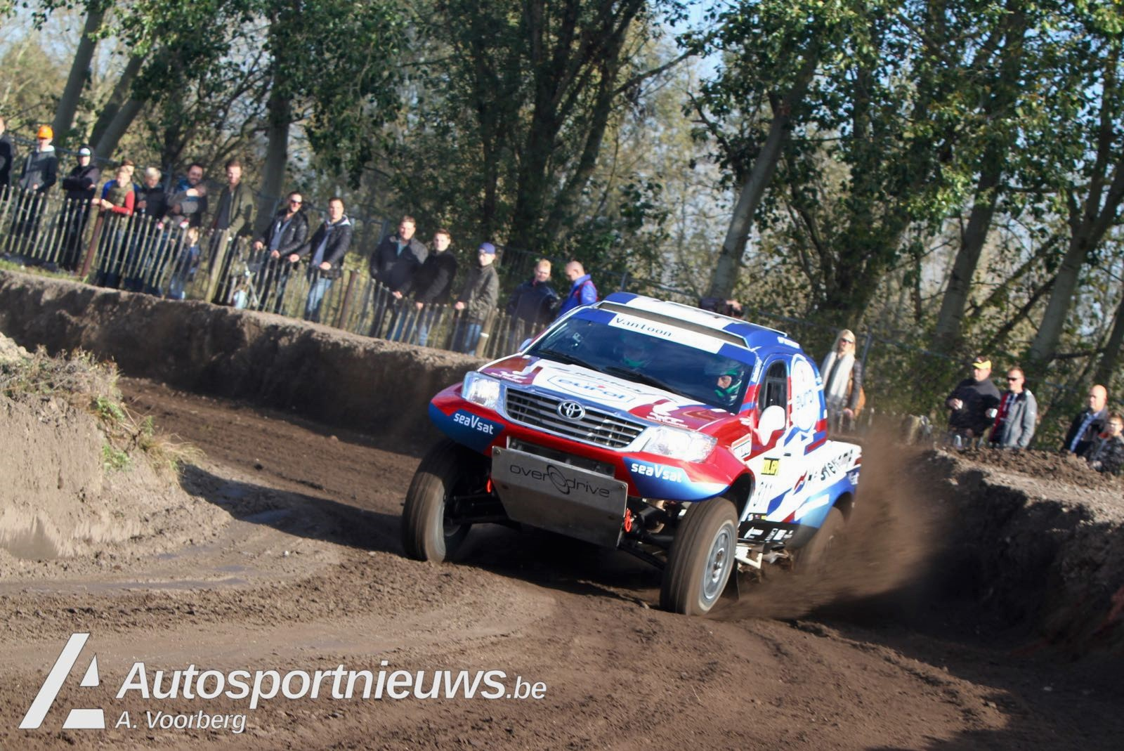 Van Loon Racing | Van Loon prolongeert winst in tiende Pre-Proloog