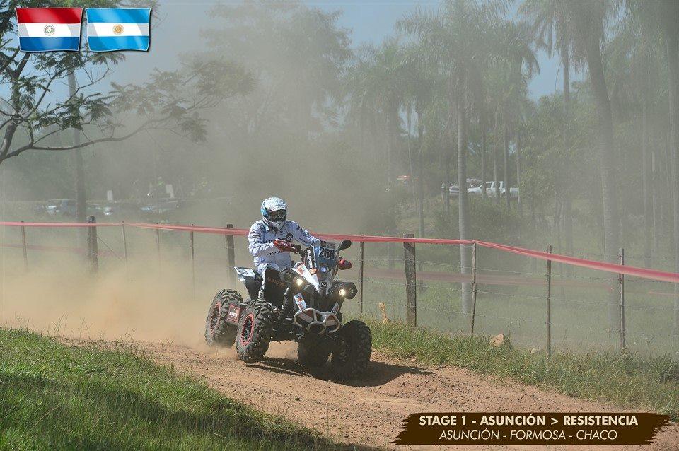 Bastiaan Nijen Twilhaar gestrand tussen modder en stenen