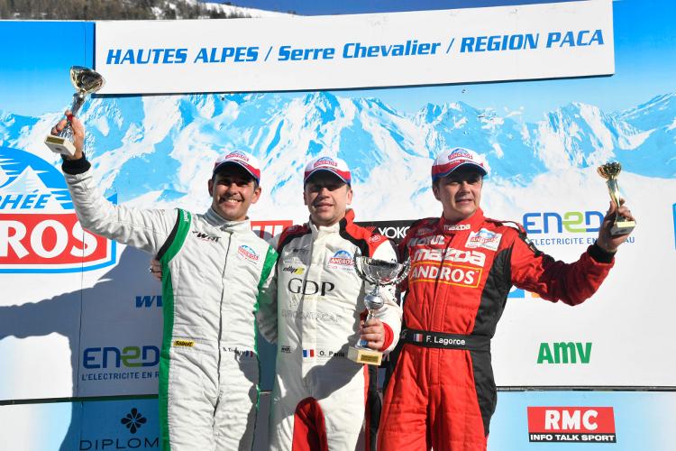 Twee zeges, een dubbel en de leidersplaats bij de teams voor Belgian Audi Club Team WRT