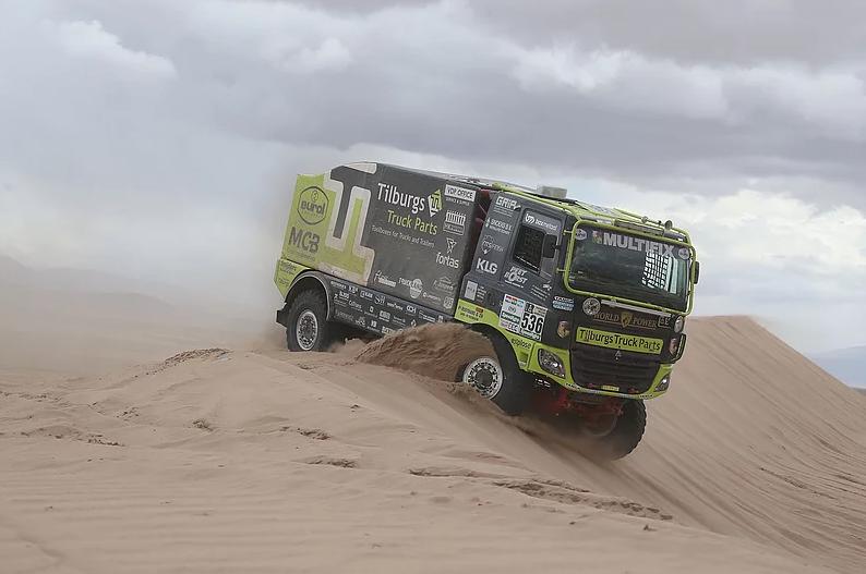 Team Tilburgs Truck Parts komt nét niet vast te zitten