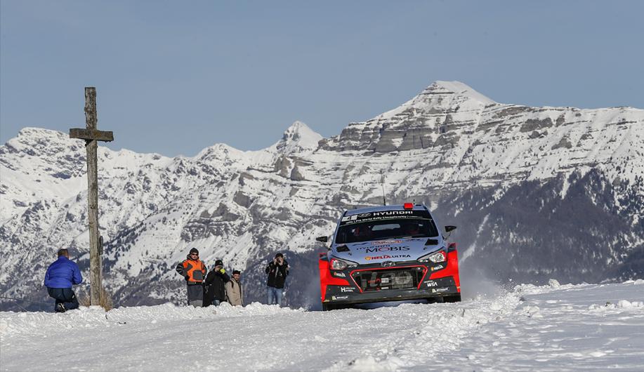 WRC 2017 Monte Carlo: Neuville aan de leiding na moeilijke eerste etappe