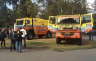 Rainbow truck team: met 2 trucks naar grootste truckrace in afrika