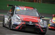 16 auto's en wereldvedetten voor eerste afspraak van TCR Benelux 2017