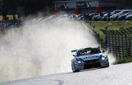 In Supercar Challenge strijdt Ward Sluys voor titel