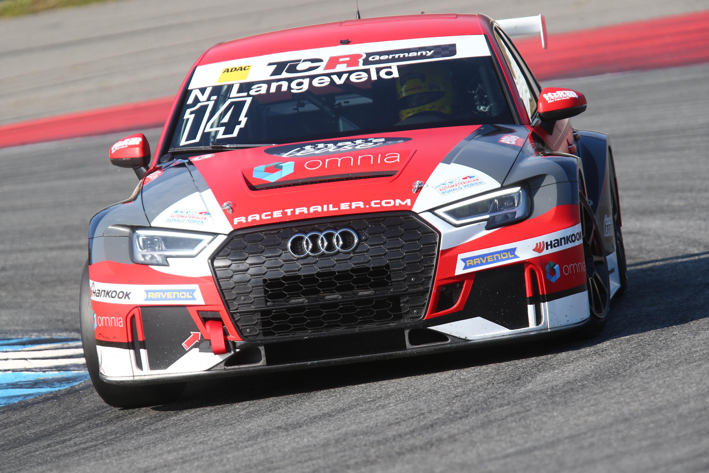 Niels Langeveld sluit sterk debuutseizoen in TCR Germany af met een podiumplaats op Hockenheim