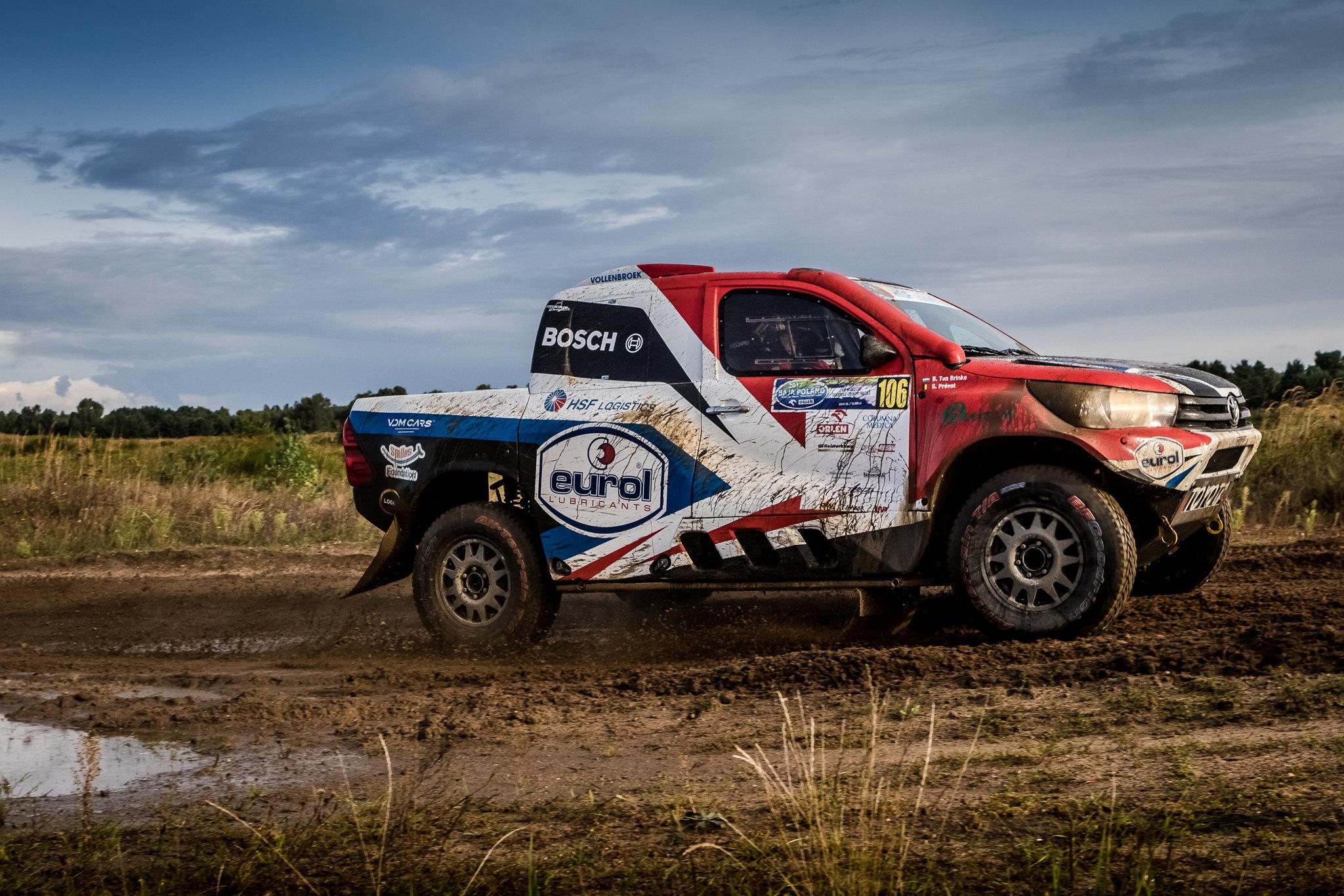 Bernhard ten Brinke in Dakar stijl naar derde plaats in Polen