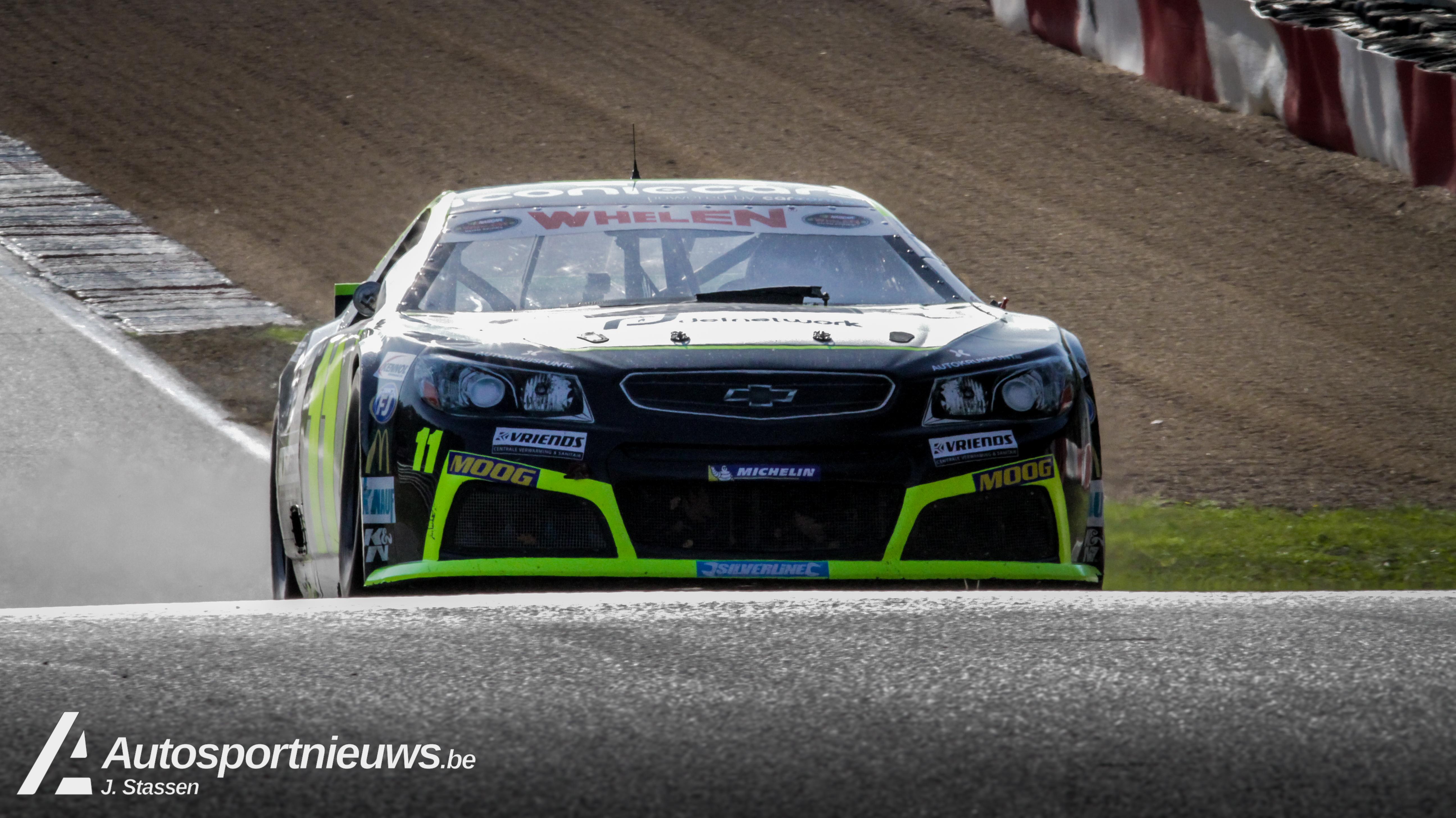 Stienes en Bert Longin sluiten seizoen af met een titel, een podiumplaats en een pole positie.