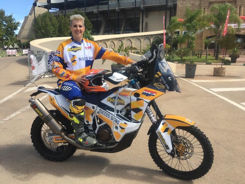 Motorrijdster Mirjam Pol terug in Dakar Rally met Succes Signs als hoofdsponsor