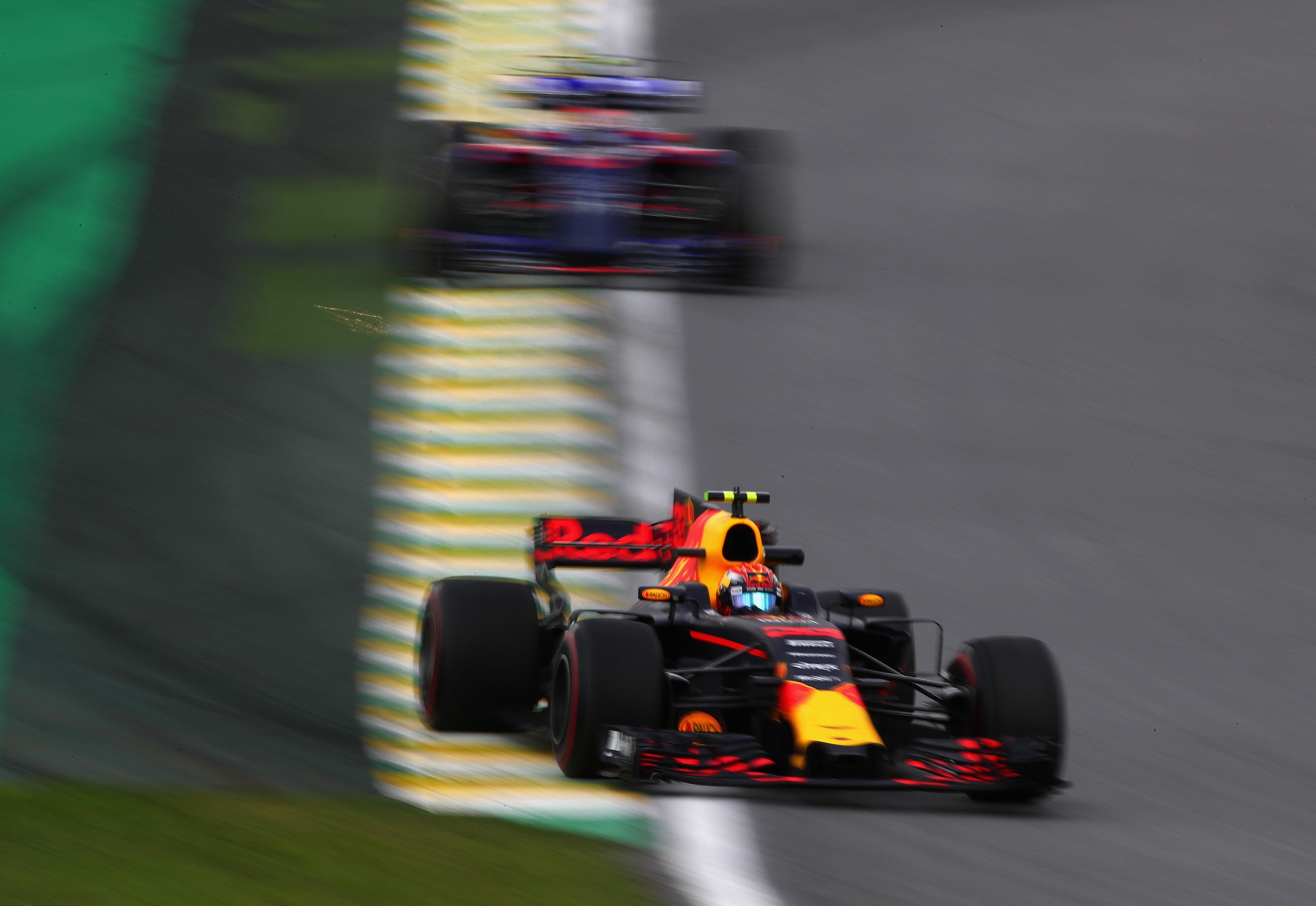 Max Verstappen vijfde op Interlagos: