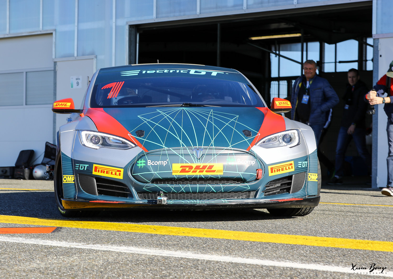 GT Racen met een Tesla vanaf 2018