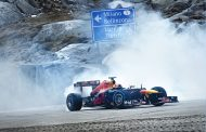 F1 op de kasseien van de Gotthardpas