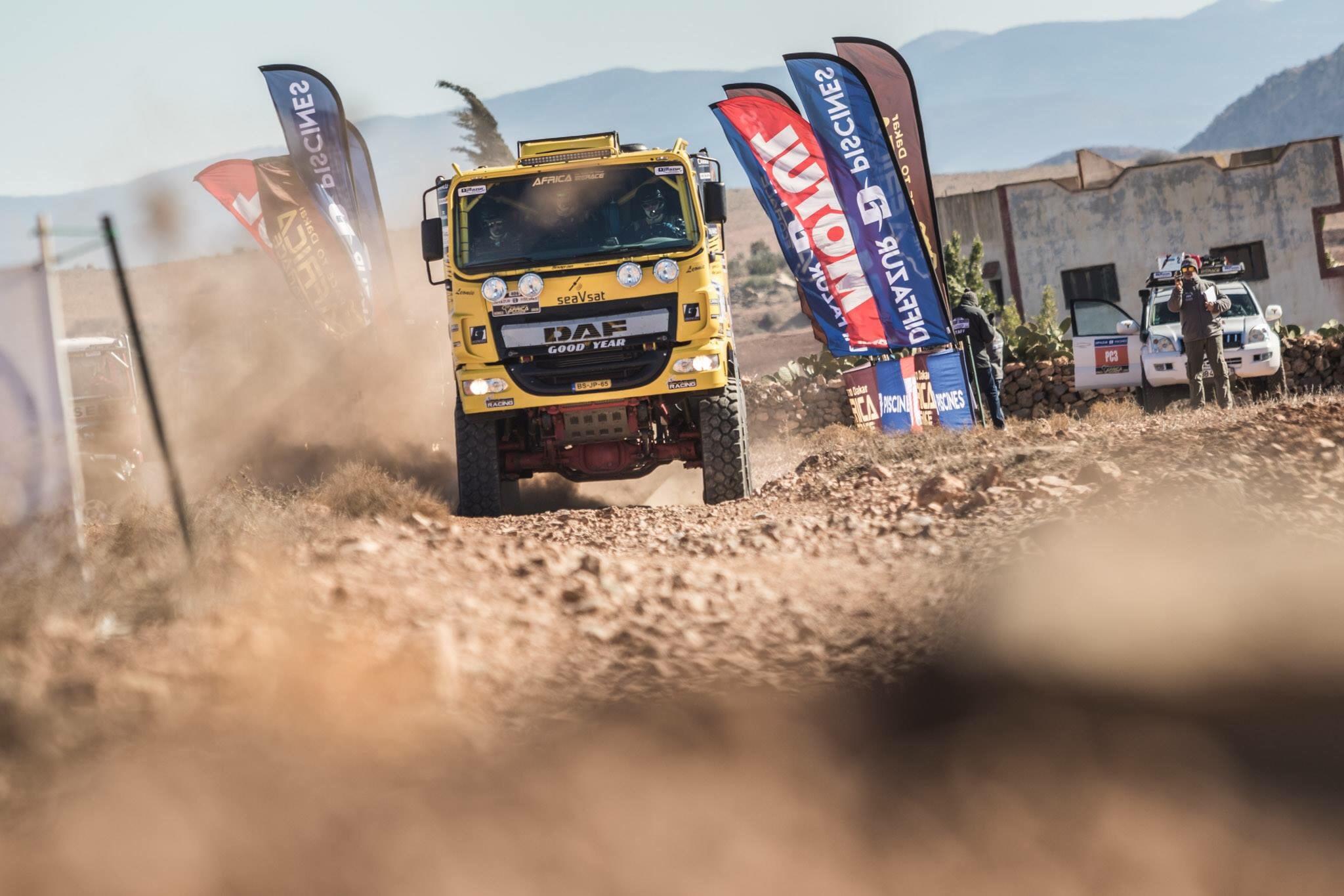 Team Van de Laar geniet van elke meter in tweede etappe Africa Race