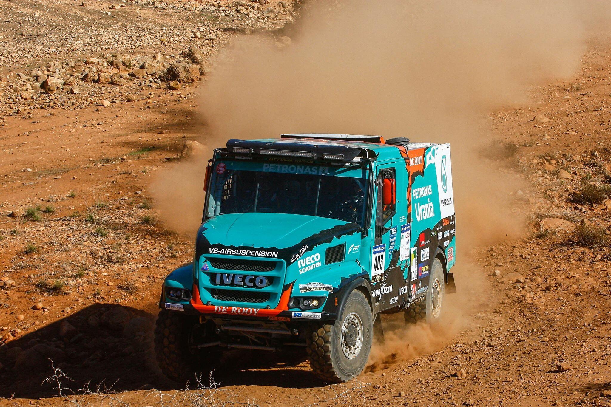 Van Ginkel uit Africa Race, De Rooy ziet nog kansen op podium