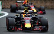 Max puntloos in Baku na aanrijding met Ricciardo: 'Onnodig veel punten verloren'