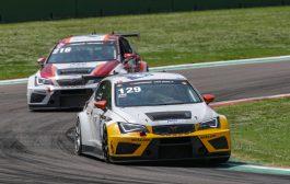 LMS Racing by Bas Koeten Racing wint TCE-divisie bij de Hankook 12H IMOLA