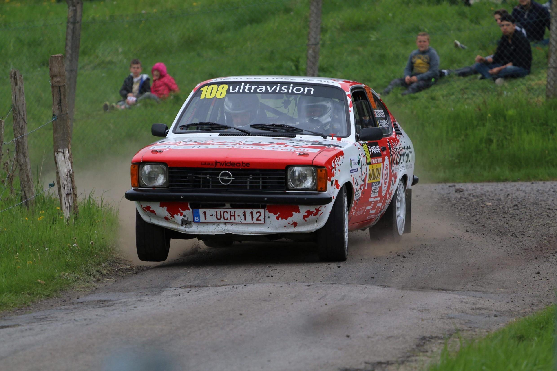 Michaël Lottefier speelt het podium in Historic BRC in zijn eerste nationale rally!