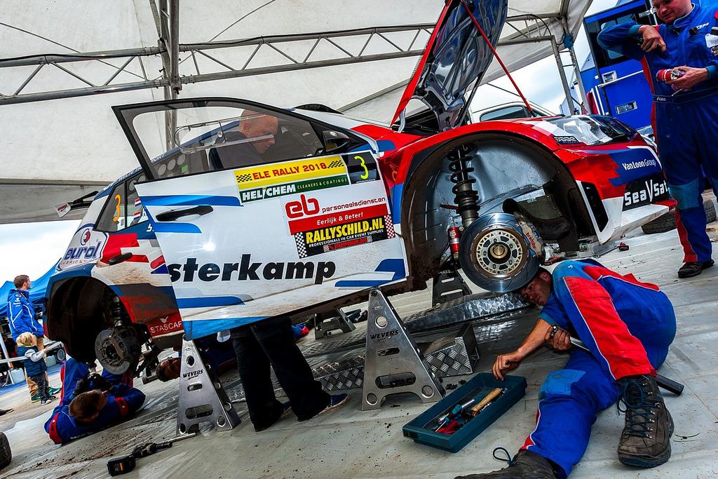 Technische problemen weerhouden Van Loon van podiumplaats