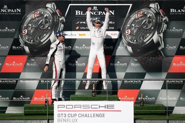 Xavier Maassen pakt opnieuw zege in de Porsche Cup Benelux