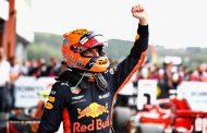 Max Verstappen knokt zich tijdens GP België terug naar het podium: