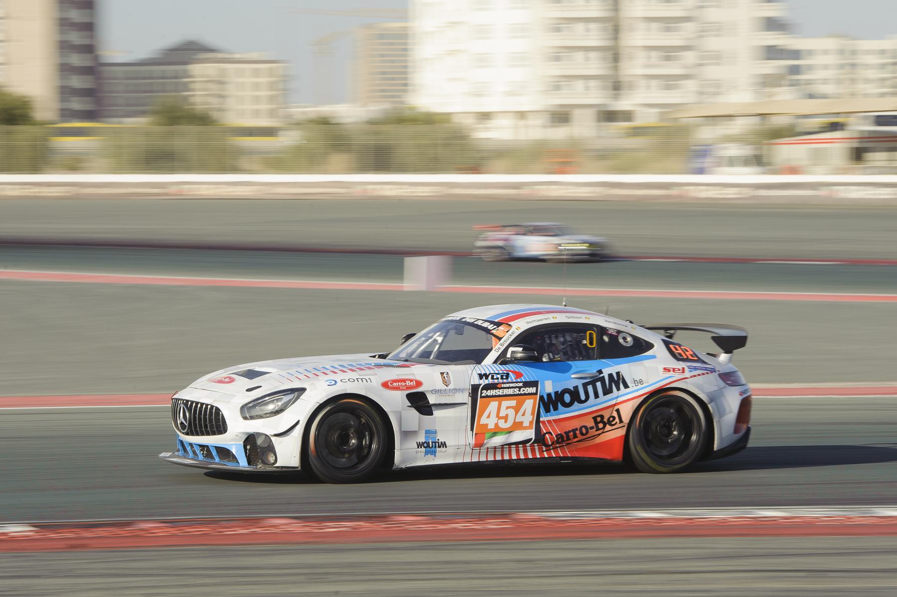 WCB Racing Team behaalt ondanks pech in slotfase een prachtige derde plaats in de GT4-klasse