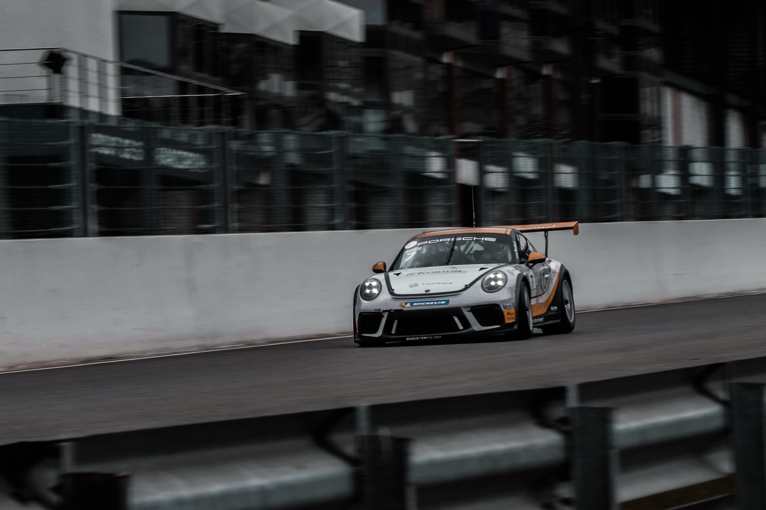 Loek Hartog in de Porsche Carrera Cup Benelux!